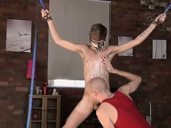 Gay porn Kieron Knight likes to fellate the red-hot spunk st